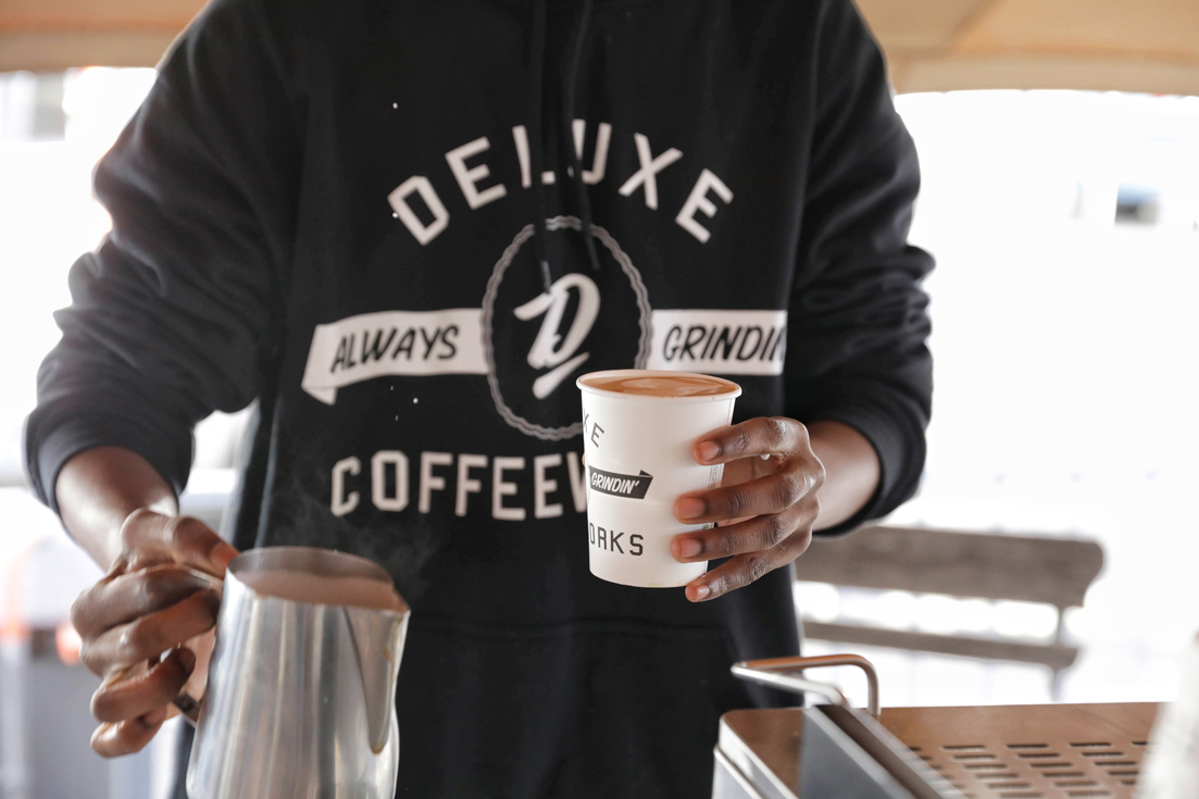 Delux-coffee-1-LR
